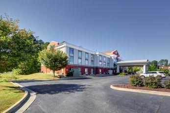 Holiday Inn Express & Suites Emporia
