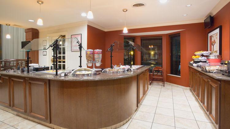Staybridge Suites Lincoln I-80 Restaurant
