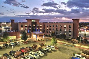 Holiday Inn Express Albuquerque Old Town