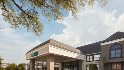 Holiday Inn Express Hotel & Suites DFW N