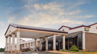Red Roof Inn & Suites Mt Holly - McGuire