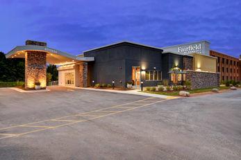 Fairfield Inn & Suites Milwaukee North