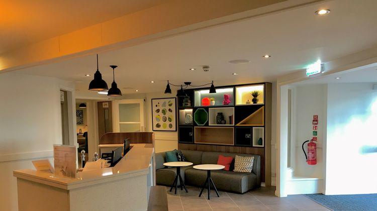 Holiday Inn A55 Chester West Lobby