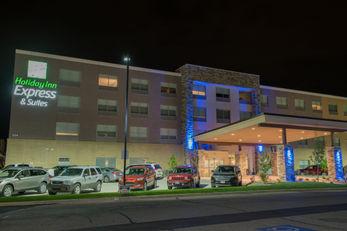 Holiday Inn Express & Sts North-Vandalia