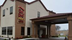 Red Roof PLUS & Suites Chattanooga