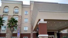 Red Roof Inn & Suites Longview