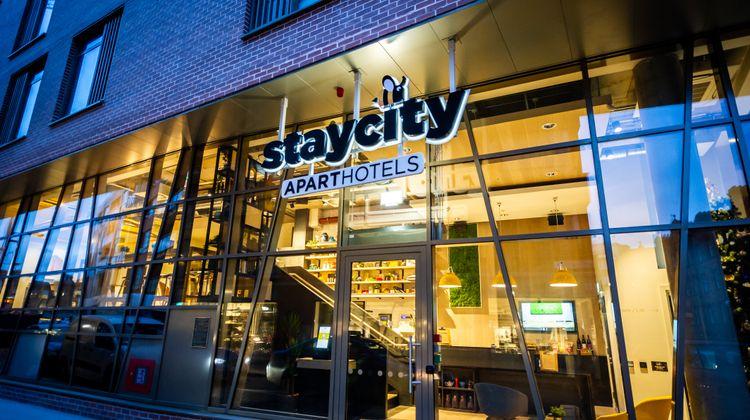 Staycity Aparthotels Dublin Castle Lobby