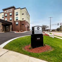 Cobblestone Hotel & Suites Stevens Point