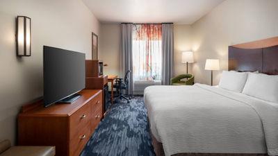 Fairfield Inn & Suites Tulare