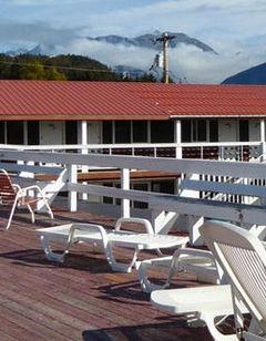 Captain's Choice Motel
