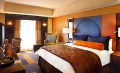 Renaissance Phoenix Downtown Hotel