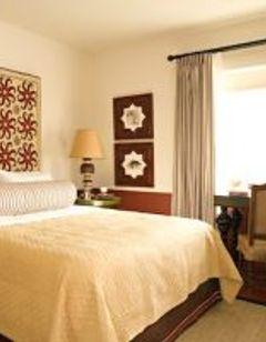 Colony Palms Hotel