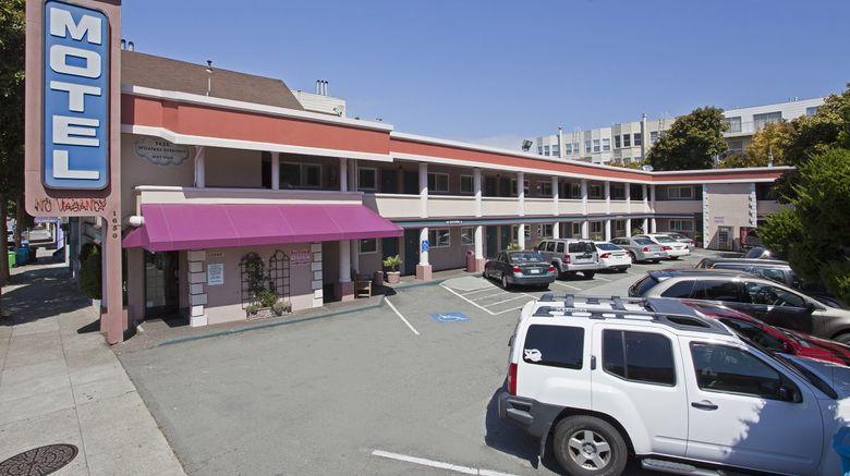 Town House Motel Exterior