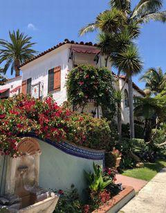 Villa Rosa Inn