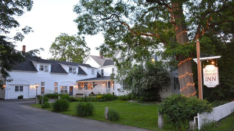 Dowds Country Inn Exterior