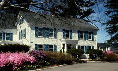 1785 Inn & Restaurant