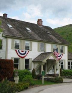 Hawk Inn & Mountain Resort