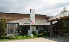 Cascades Lodge