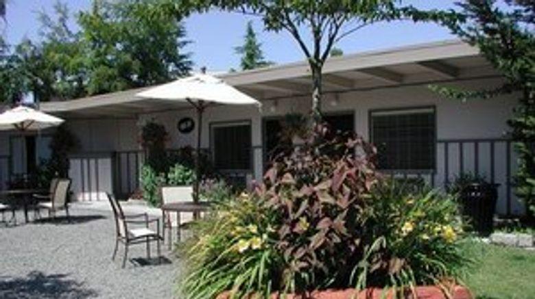 Earthbox Inn  and  Spa Exterior