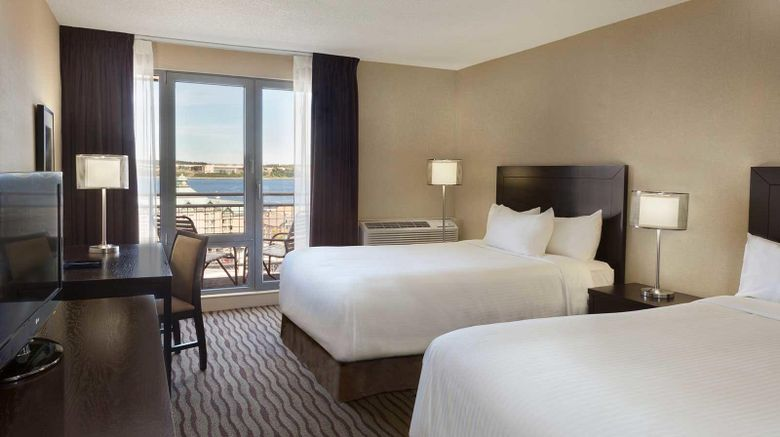Hotel Halifax Room
