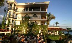 La Mariposa Hotel