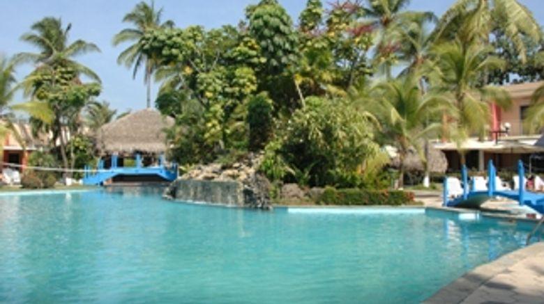 <b>Riande Aeropuerto Hotel & Resort Exterior</b>