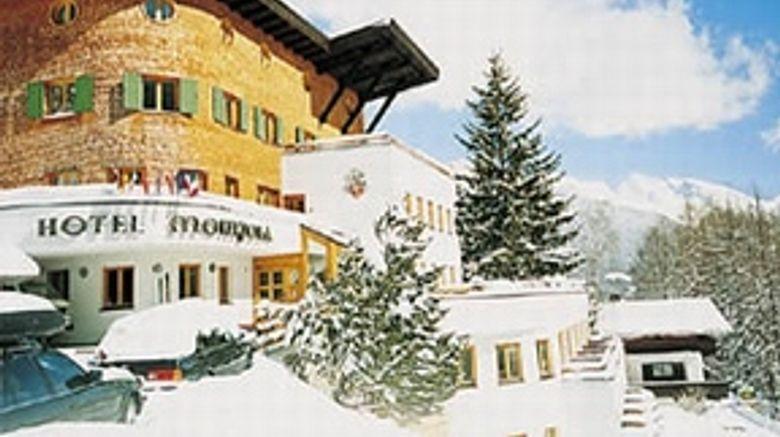 Hotel Montjola Exterior