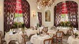Raphael Hotel Paris Restaurant