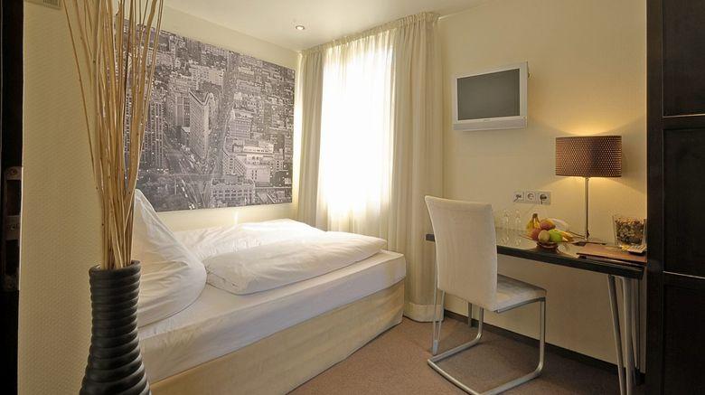 Hotel Am Augustinerplatz Room