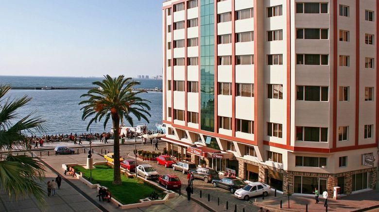 Kilim Hotel Exterior