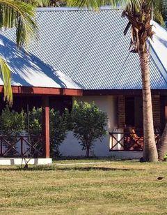 Bird Island Lodge