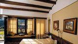 Fishtail Lodge Room