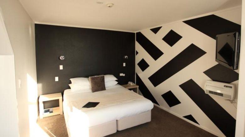 Grosvenor Hotel Room