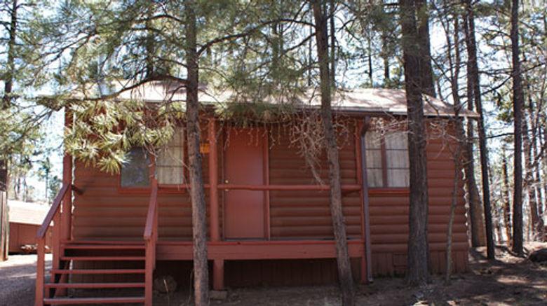 Whispering Pines Resort Exterior