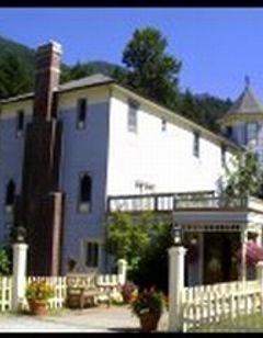 Alexander's Lodge at Mt Rainier
