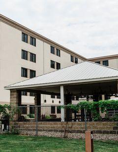 EverSpring Inn & Suites, Bismarck