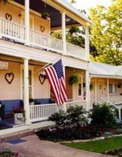 Heartstone Inn & Cottages