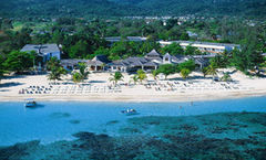 Jewel Runaway Bay Beach and Golf Resort