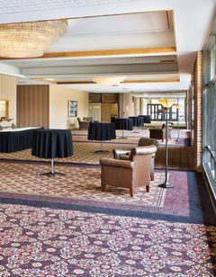 Ramkota Hotel & Conference Ctr