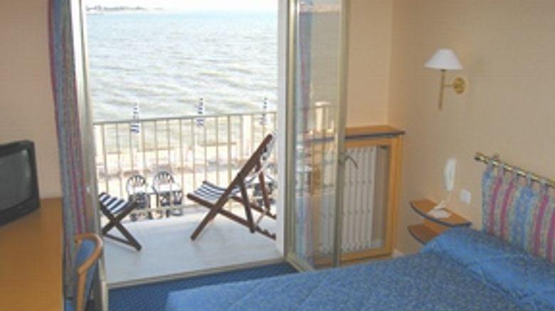 <b>Hotel les Brises Room</b>