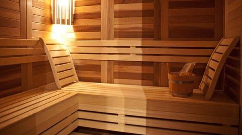 <b>Design Hotel Queen Astoria Health</b>