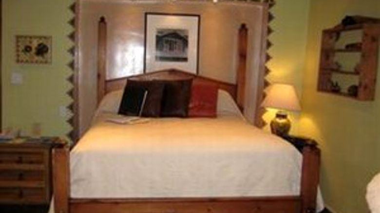 Inn at Vanessie Room