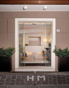 Hotel Metropolitan & Met's Apartment