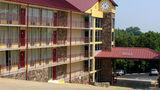 Ozark Mountain Inn Exterior