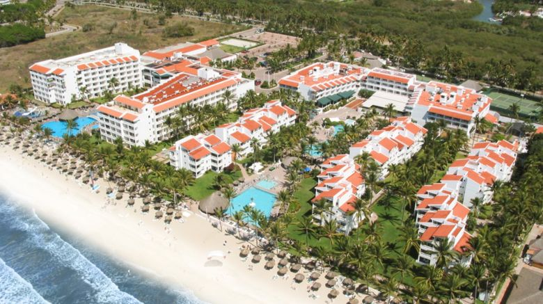 Marival Emotions Resort  and  Suites Exterior