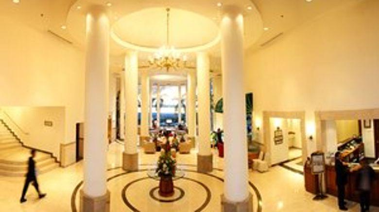 Imperial Aryaduta Hotel Makassar Lobby
