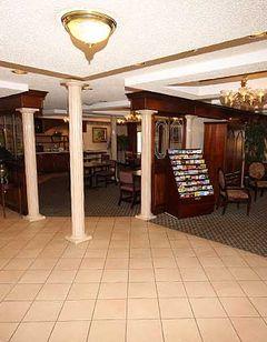 Gateway Inn & Suites Clarksville
