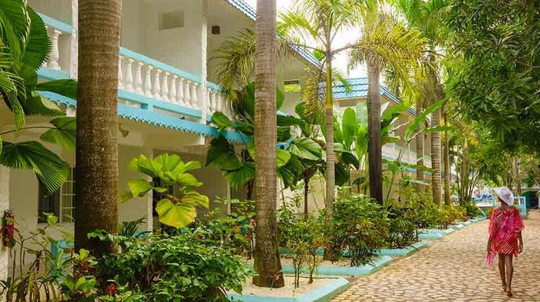 Legends Beach Resort Exterior