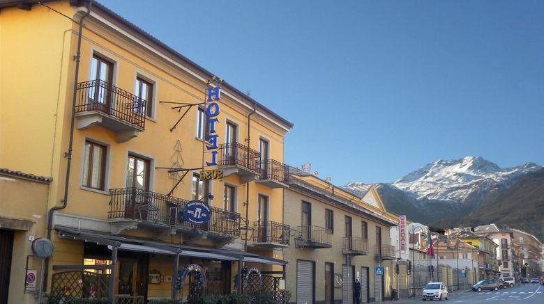 Hotel Susa  and  Stazione Exterior