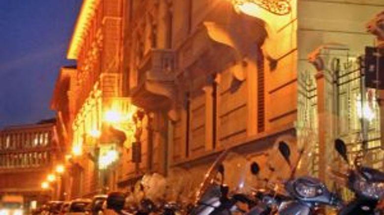 Hotel Lombardi Exterior